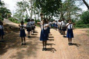Maedchenschule-Sri-Lanka-Maedchen-Kapelle