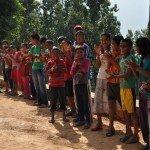Himalaya friends besichtigen Kinderdorf in Dhading Besi