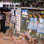 Mahamaya-Grundschule Hikkaduwa Sri Lanka Eingang