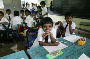 Mahamaya-Grundschule Hikkaduwa Sri Lanka Schreiben und Lesen